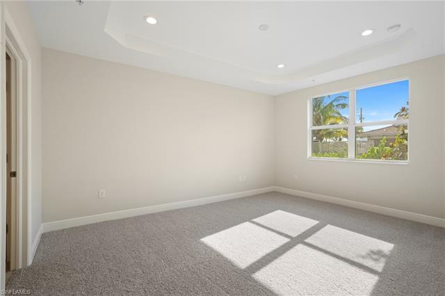 2318 Sawyer Hill Rd 104, Naples, FL 34120
