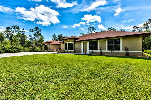 11467 Ranchette Rd, Fort Myers, FL 33966