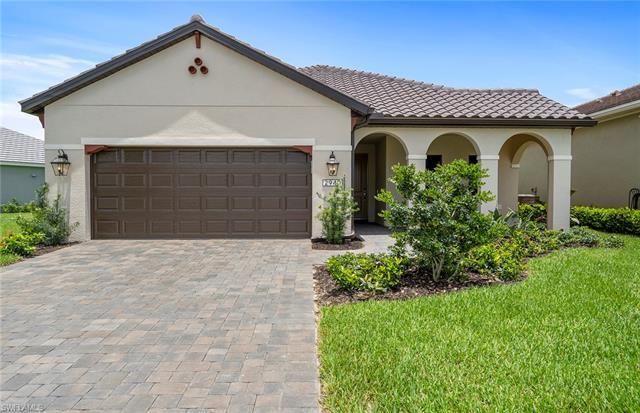 2940 Willow Ridge Dr, Fort Myers, FL 33905