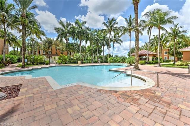 1215 Reserve Way 7-303, Naples, FL 34105