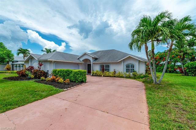 22563 Island Lakes Dr, Estero, FL 33928