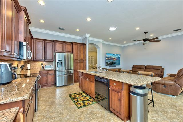 11184 Sand Pine Ct, Fort Myers, FL 33913