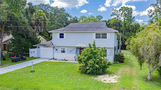 11294 Chattahoochee Dr, North Fort Myers, FL 33917