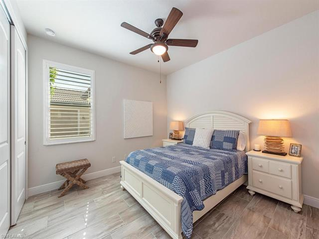 10527 Valencia Lakes Dr, Bonita Springs, FL 34135