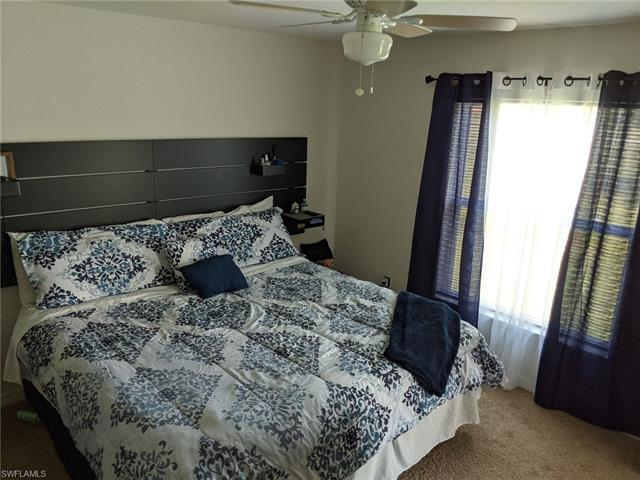 1635 33rd St, Cape Coral, FL 33909