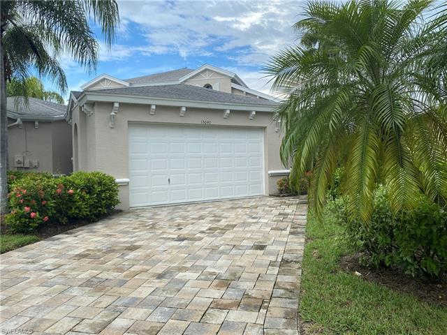 15040 Sterling Oaks Dr, Naples, FL 34110
