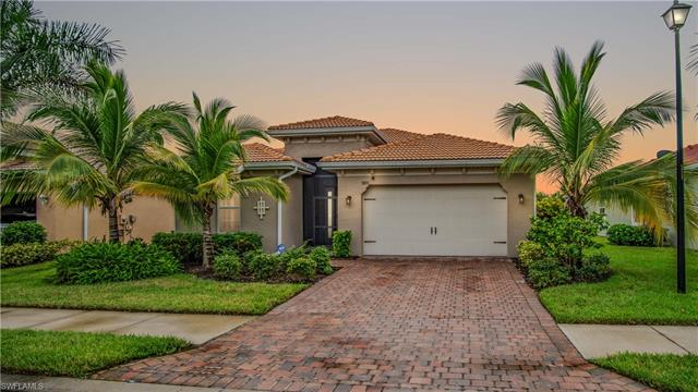 3896 King Williams St, Fort Myers, FL 33916