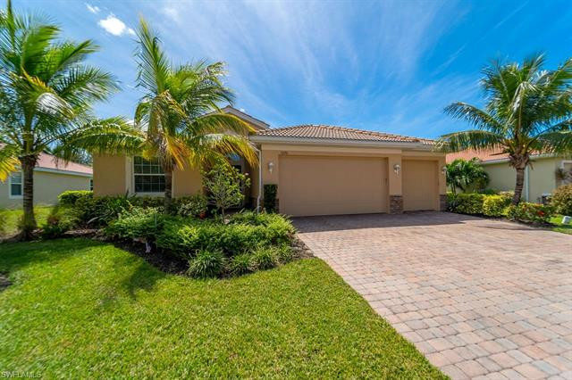3220 Banyon Hollow Loop, North Fort Myers, FL 33903