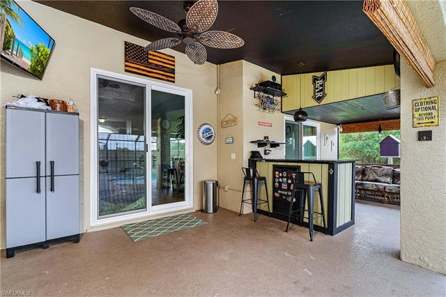614 3rd Ave, Cape Coral, FL 33909