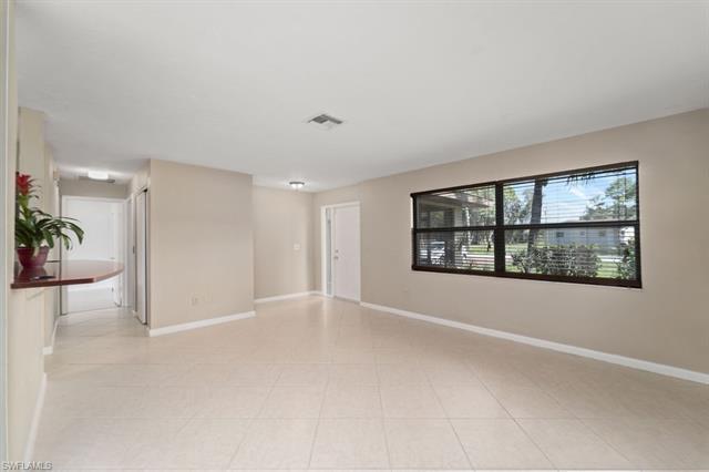 18430 Riccardo Rd, Fort Myers, FL 33967