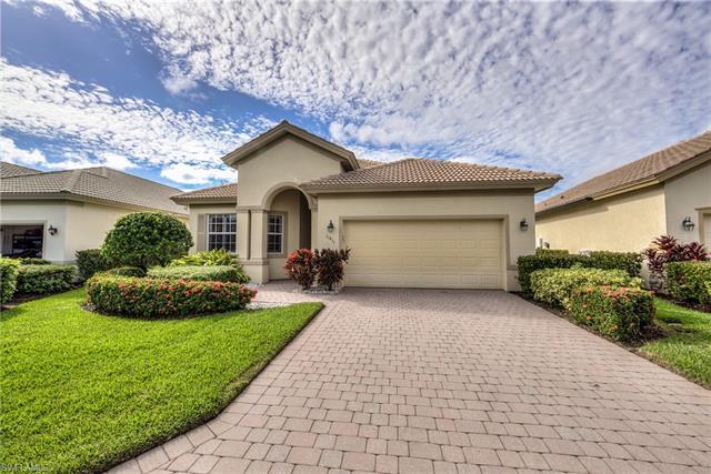 11811 Bramble Cove Dr, Fort Myers, FL 33905