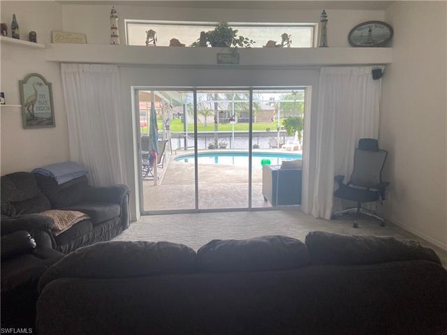 428 23rd St, Cape Coral, FL 33990