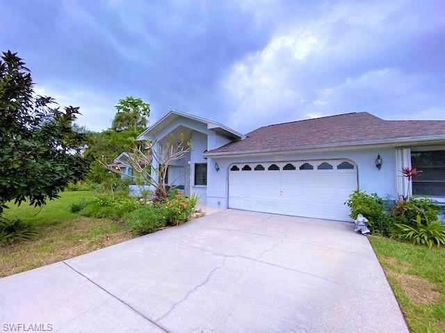 106 Jackson Ave, Lehigh Acres, FL 33936