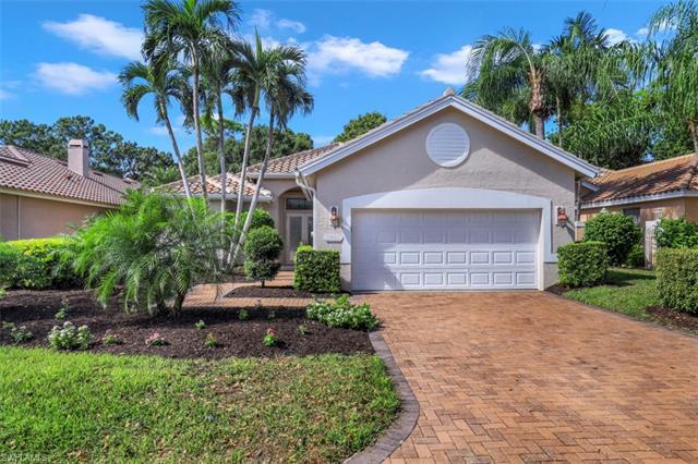 25062 Pinewater Cove Ln, Bonita Springs, FL 34134