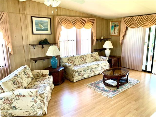 26266 Queen Mary Ln, Bonita Springs, FL 34135