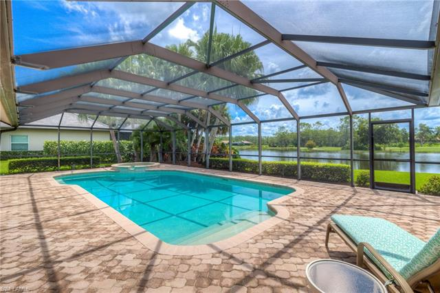 12186 Water Oak Dr, Estero, FL 33928
