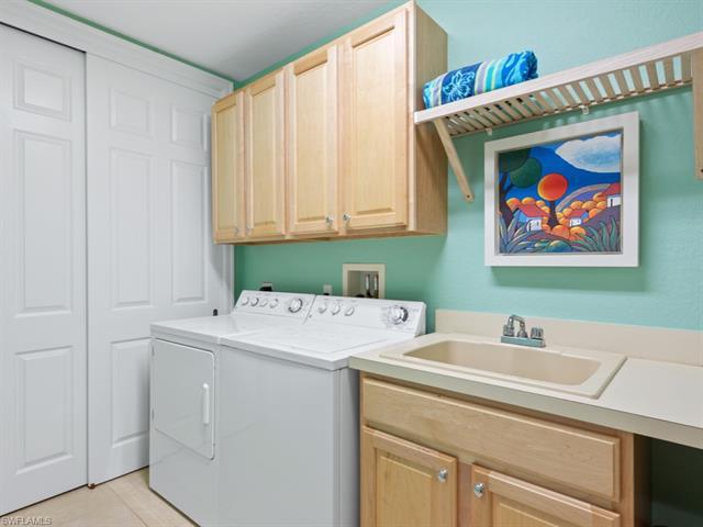 10510 Marino Pointe Dr Nw 602, Miromar Lakes, FL 33913