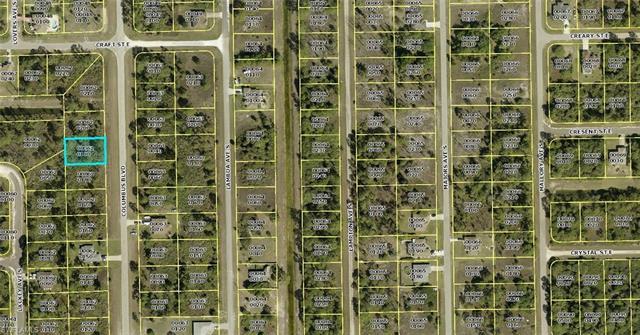 430 Columbus Blvd S, Lehigh Acres, FL 33974