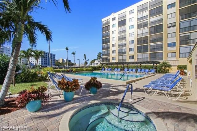 400 Lenell Rd 211, Fort Myers Beach, FL 33931