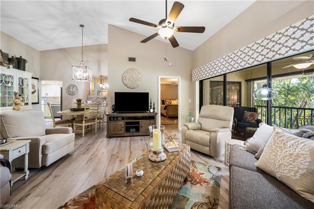 7115 Lakeridge Ct #215, Fort Myers, FL 33907