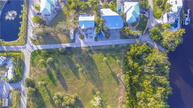3716 Margina Cir, Bonita Springs, FL 34134
