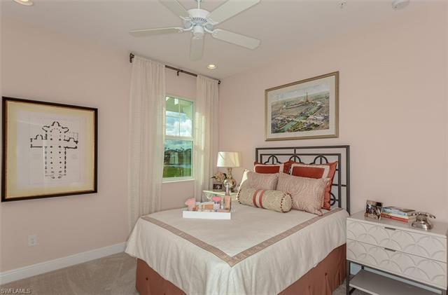 2303 Sawyer Hill Rd 904, Naples, FL 34120