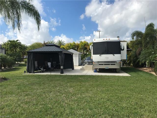5771 Cypresswoods Resort Dr, Fort Myers, FL 33905