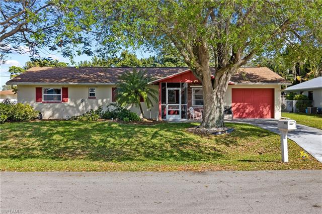 4531 11th Pl, Cape Coral, FL 33904