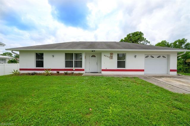 8430 Robin Rd, Fort Myers, FL 33967