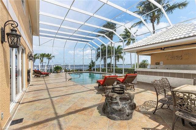 5345 Nautilus Dr, Cape Coral, FL 33904