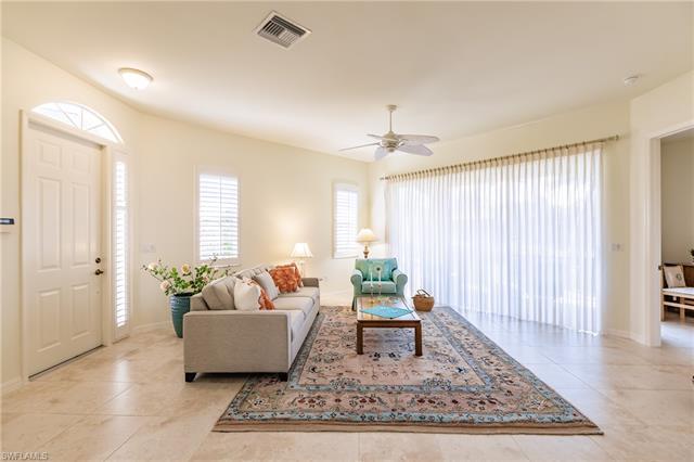 5036 Fairhaven Ln, Naples, FL 34109
