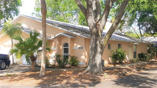12281 Londonderry Ln, Bonita Springs, FL 34135