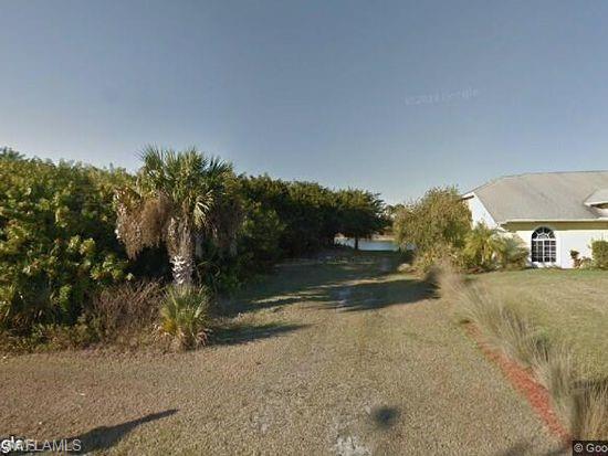 743 Chestnut St E, Lehigh Acres, FL 33974