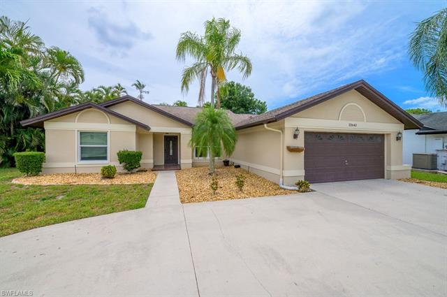 22643 Fountain Lakes Blvd, Estero, FL 33928