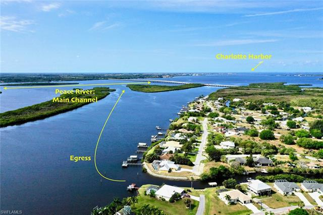 3596 Peace River Dr, Punta Gorda, FL 33983