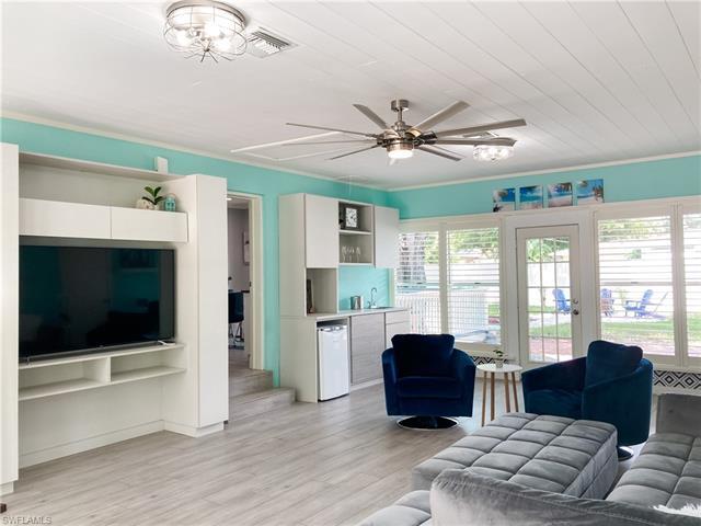 11 Braman Ct, Fort Myers, FL 33901