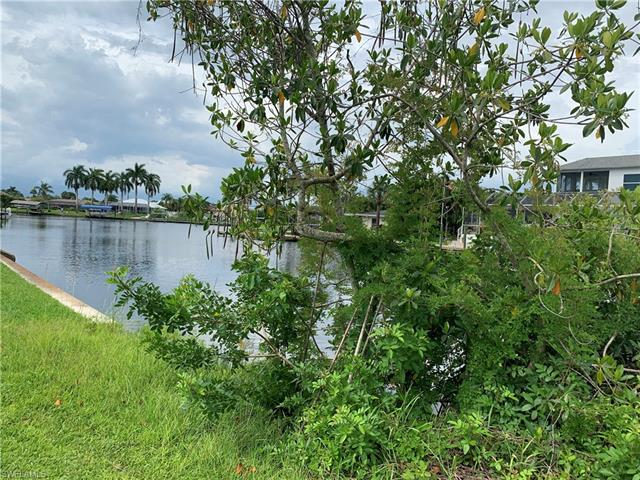 2114 Barbados Ave, Fort Myers, FL 33905