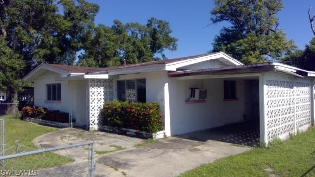 205 Manor Pky, Fort Myers, FL 33916