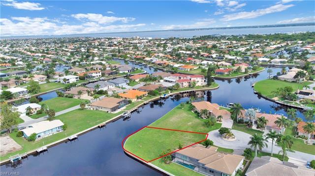 337 Palm Isles Ct, Punta Gorda, FL 33950
