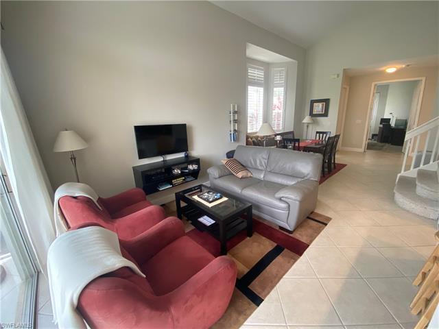 15040 Sterling Oaks Dr, Naples, FL 34110
