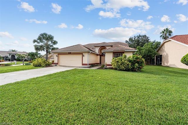 8440 Arborfield Ct, Fort Myers, FL 33912