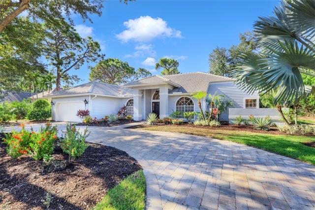 3781 Lakemont Dr, Bonita Springs, FL 34134