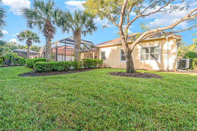 388 Cypress Way W, Naples, FL 34110