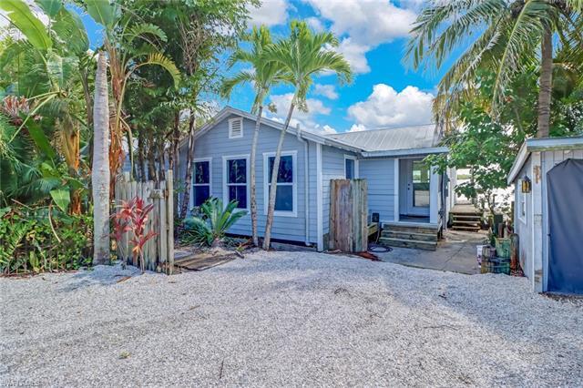 4251 Pine Island Rd Nw, Matlacha, FL 33993
