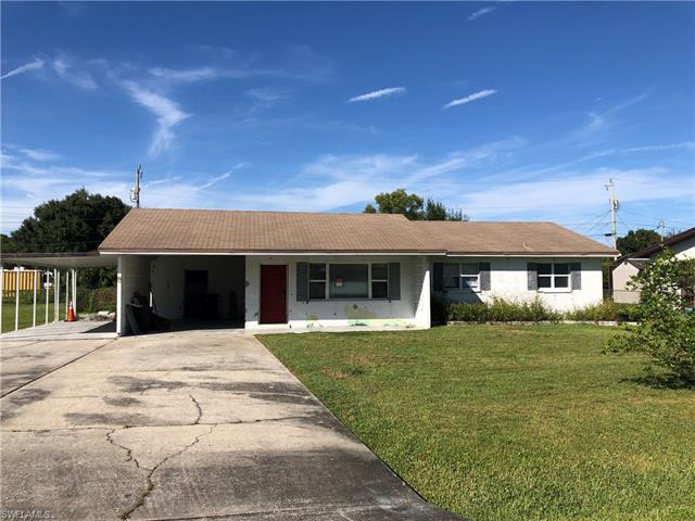 238 Lakeview Dr, North Fort Myers, FL 33917