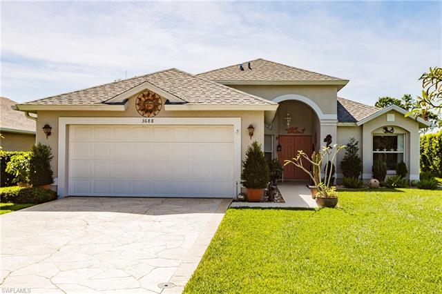 3688 Kent Dr, Naples, FL 34112