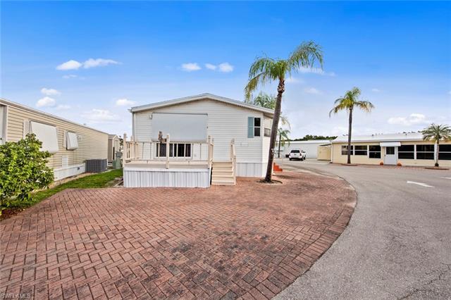 238 Setting Sun Ave, Bonita Springs, FL 34135
