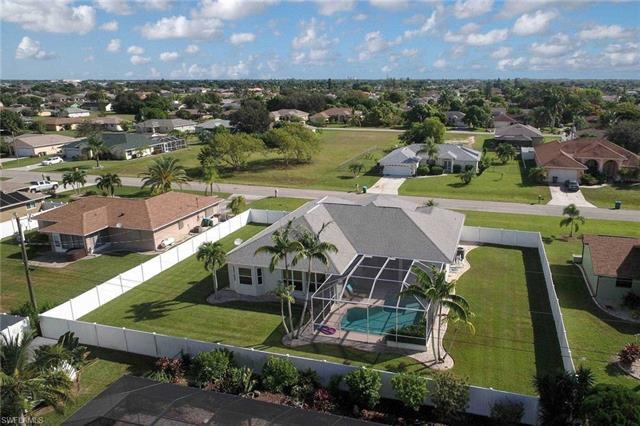1604 Se 8th Ave, Cape Coral, FL 33990