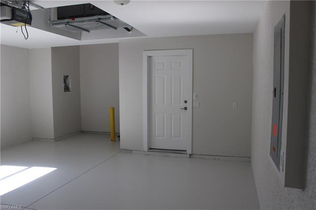 10648 Camarelle Cir, Fort Myers, FL 33913
