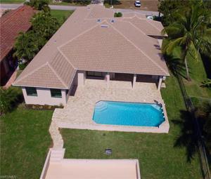 2262 Se 28th St, Cape Coral, FL 33904